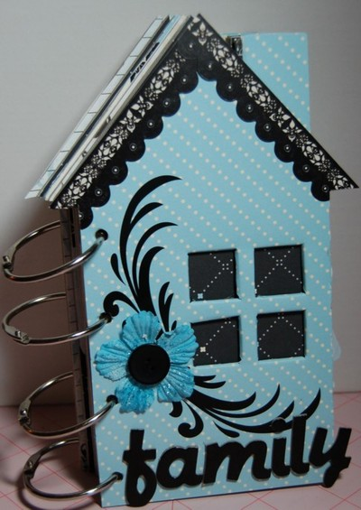Sd_blue_family_house_cover